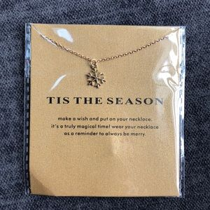 Jewelry - 14k gold dipped snowflake tis the season necklace